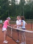 Tennis 2016 - D30 PS5 - Jutta und Marion Gratulation an Gegner