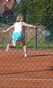 Tennis 2016 - D30 PS6 - Elke Rückhand erreicht