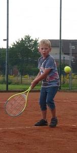 Tennis 2016 - FPA - Der geht rüber