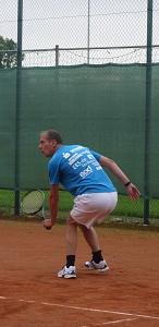 Tennis 2016 - H50 PS5 - Karsten in den Knien