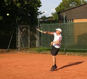 Tennis 2016 - H50 PS6 - Roland Aufschlag